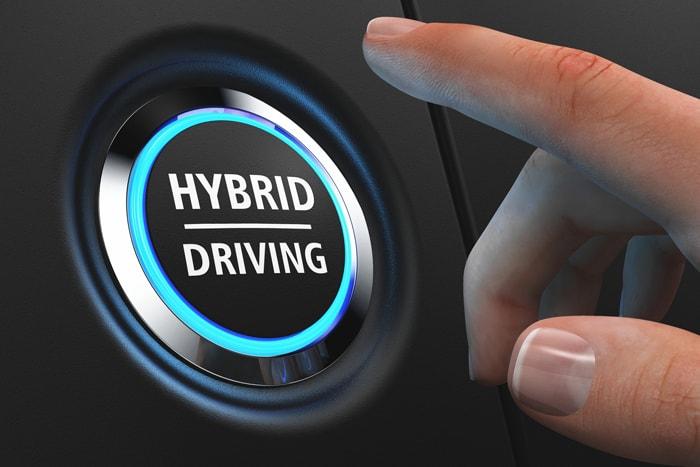 naprawa samochodów hybrydowych